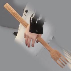 Back scratcher in arm