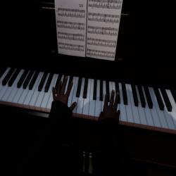 Emote Piano (Piano no inclus)