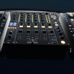 DJ Mixer w Emission