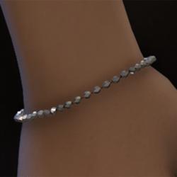 Light iridescent beaded bracelet