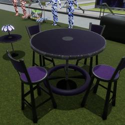 Table W/ stools & light